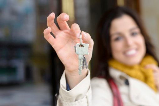 How Off-Season Apartment Hunting Can Benefit Renters
