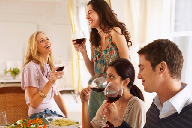 Tips for Entertaining in Your Apartment Home